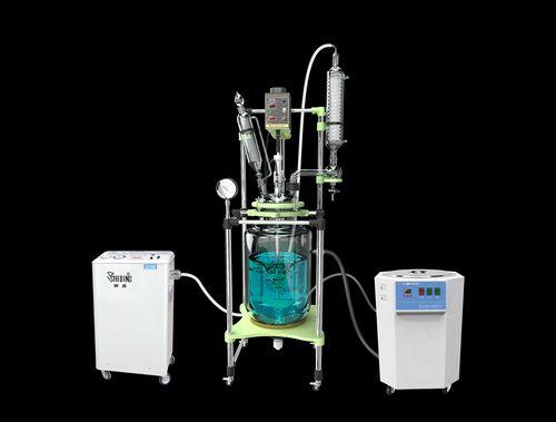 循环油浴为反应釜加热